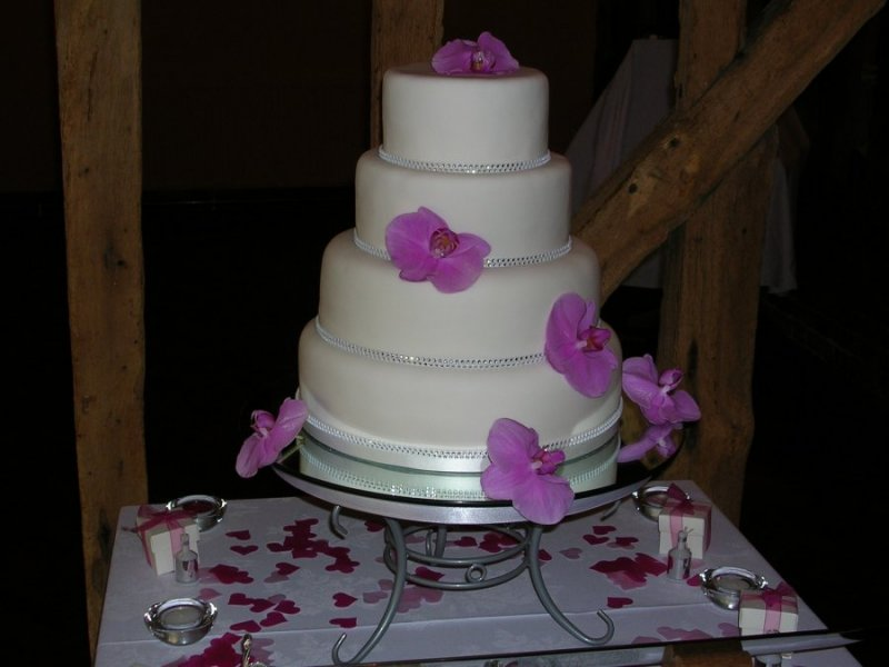 Wedding Cake - 4 Tier Stack with Fresh Flowers